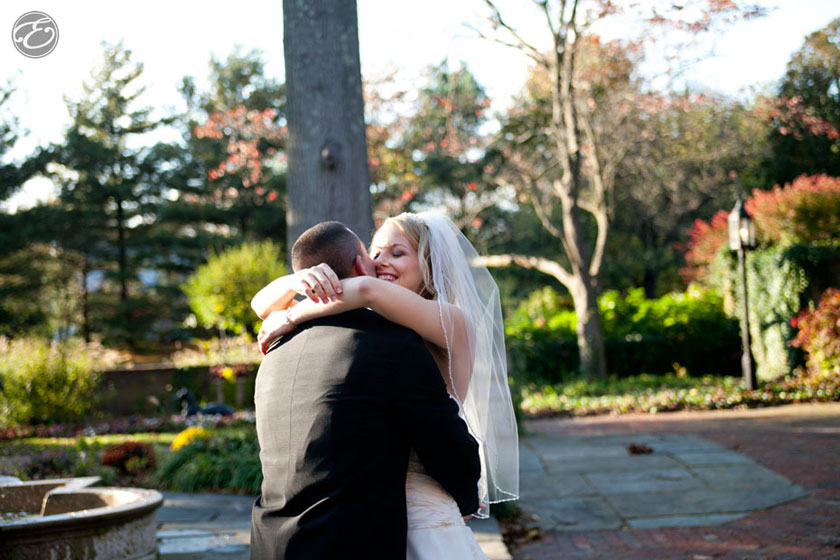 aldie mansion wedding photos 08 A Pennsylvania Autumn Wedding